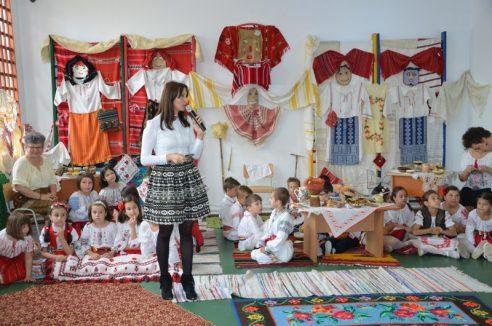 """Proiect Educațional Transfrontalier România-Republica Moldova – """"La fântâna cea română"""""""