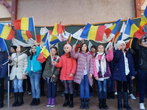 """Proiect  educațional de voluntariat ,,SĂRBĂTORIM ROMÂNEȘTE"""""""